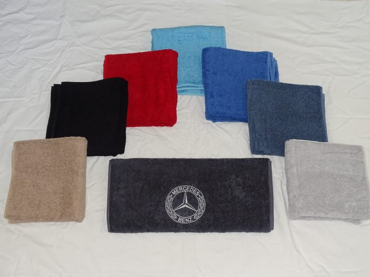 Handdoek met Mercedes logo