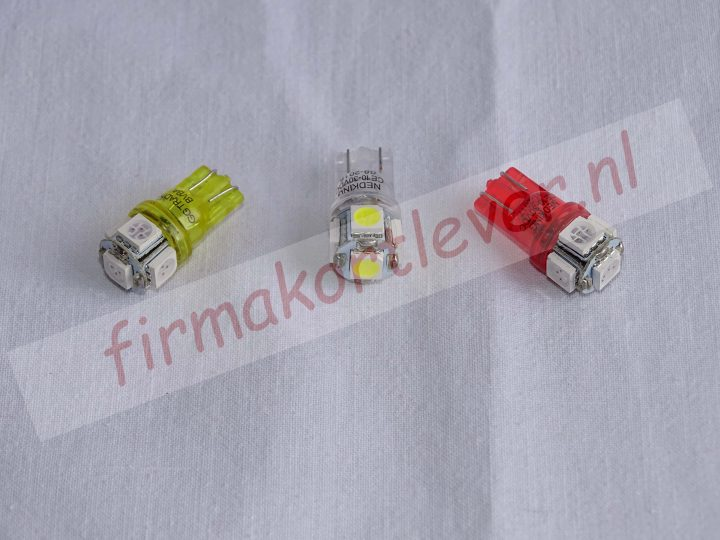 T10 met 5 SMD LED's 12-24V